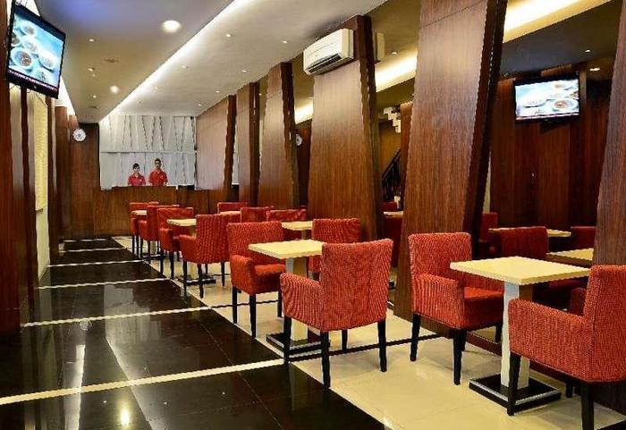 Feodora Hotel Grogol - Lounge