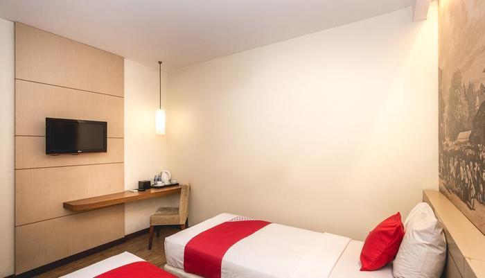 Feodora Hotel Grogol - Kamar