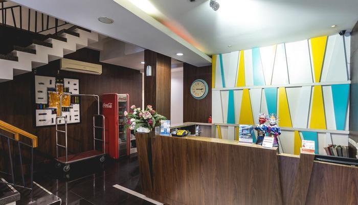 Feodora Hotel Grogol - Reception
