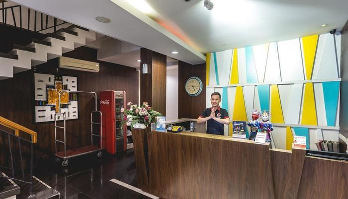 Feodora Hotel Grogol - Reveption