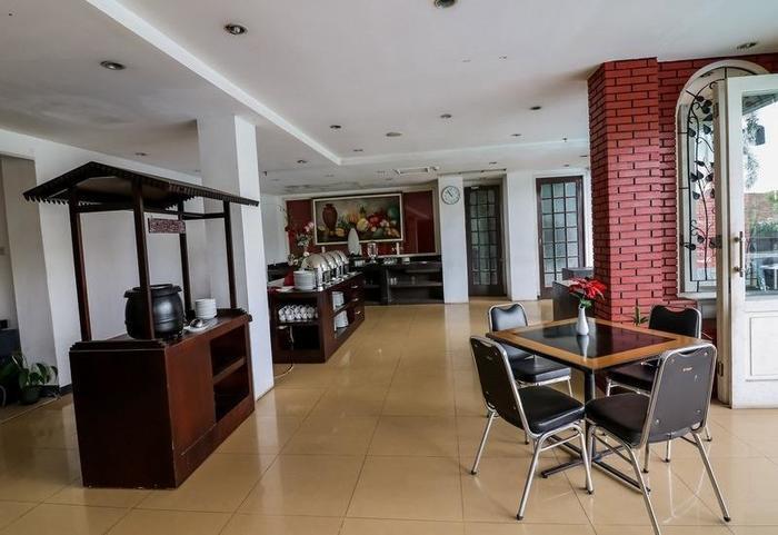 NIDA Rooms Kebun Raya Bogor - Restoran