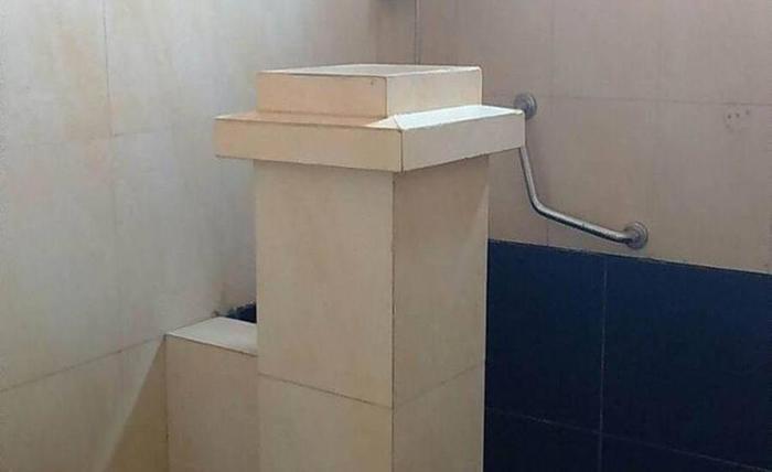 Archie Hotel 2 Ternate - Kamar mandi