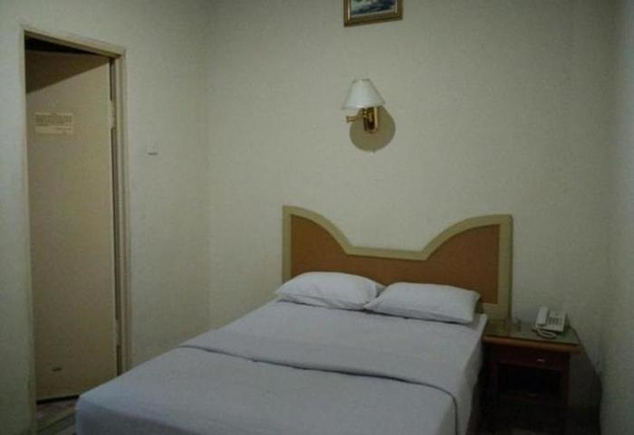 Hotel Lestari Permai Makassar - Deluxe B