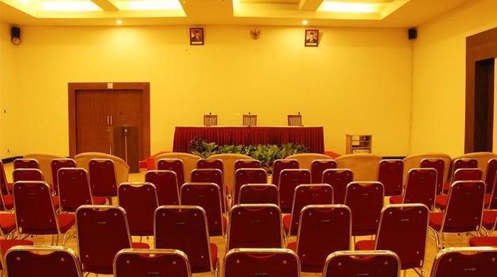 Hotel Abadi Sarolangun -