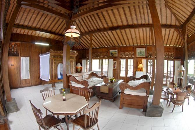 Hills joglo villa semarang booking murah mulai rp475 207 Home furniture rental indiana