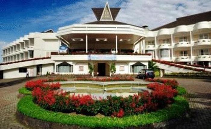 Grand Mutiara Hotel Berastagi Berastagi - Eksterior