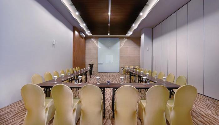 Aston Inn Mataram Lombok - Meeting Room