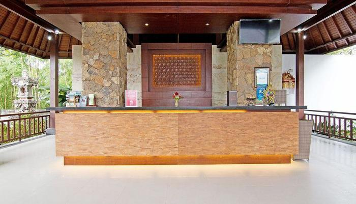 ZenRooms Pengosekan Ubud Villa Bali - Resepsionis