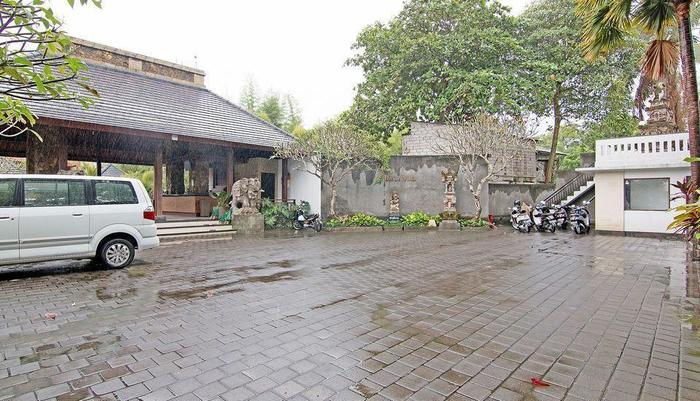 ZenRooms Pengosekan Ubud Villa Bali - Tampak luar