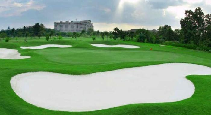 Labersa Grand Hotel Pekanbaru - Lapangan Golf
