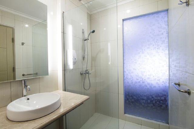 Sofia House Dago - Deluxe Bathroom