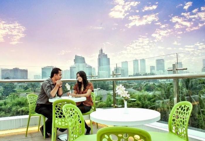 Pomelotel Jakarta - Sky Lounge
