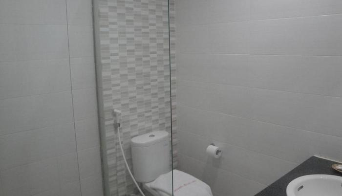 Matahari Hotel & Restaurant Labuan Bajo Flores - BATHROOM