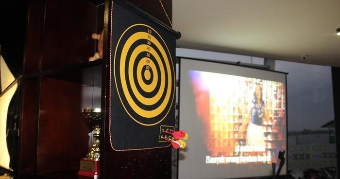 Arra Amandaru Cepu - Arthur Lounge dan Karaoke