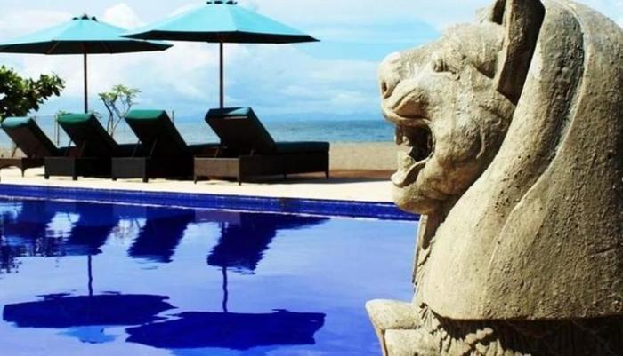 Lombok Beach Villa Senggigi - Kolam Renang