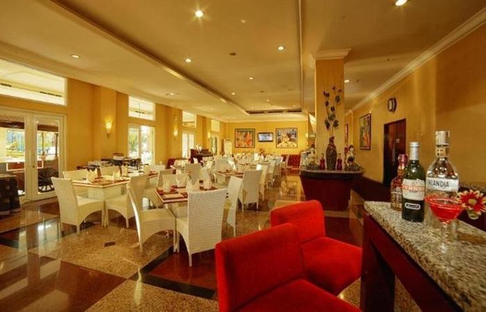 Grand Wahid Hotel Salatiga Salatiga - Restoran