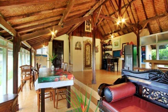 Telaga Sari Villa Bali - Ruang makan