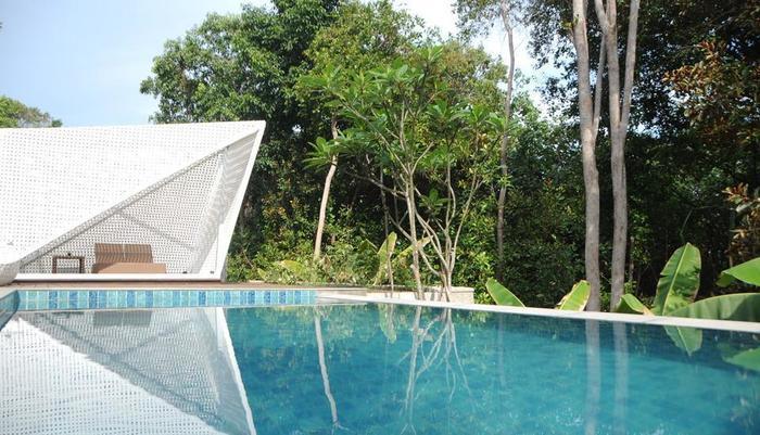 Arumdalu Private Resort Belitung - Kolam Renang Pribadi