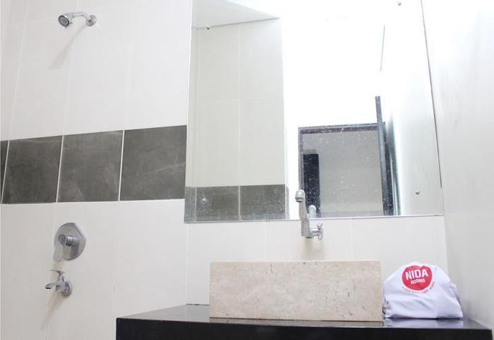 NIDA Rooms Dewaruci Banjarsari - Kamar mandi