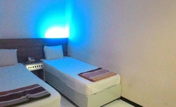 Hotel Kharisma 1 Madiun - Kamar tamu
