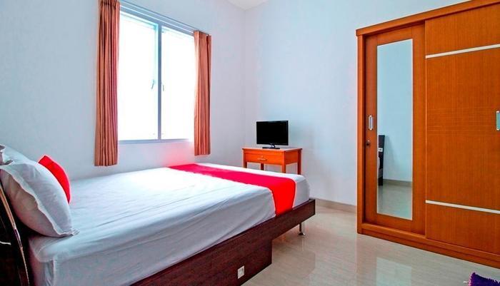 RedDoorz near Mall Kelapa Gading - Guest room