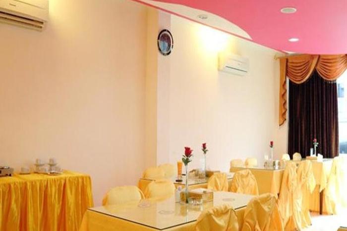 Hotel Rovi Boutique Jakarta - Ruang makan
