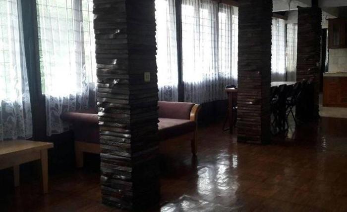 Villa Rumah Kayu Cottage Syariah Bandung - Interior