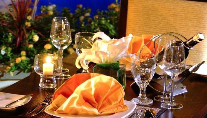 Aston Kuta - Makan Malam Romantis