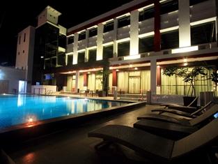Hotel Sagita Balikpapan - Kolam Renang