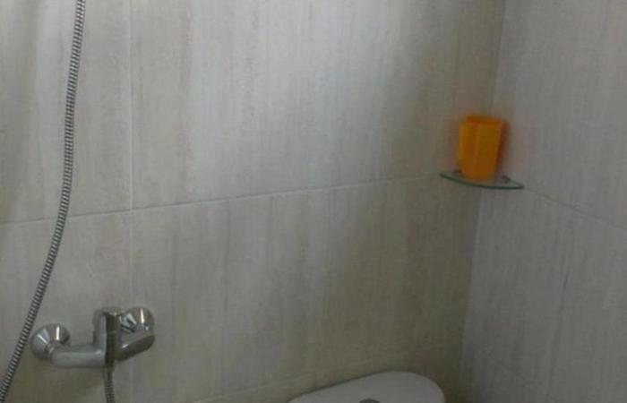 HOS Homestay Surabaya - Kamar mandi
