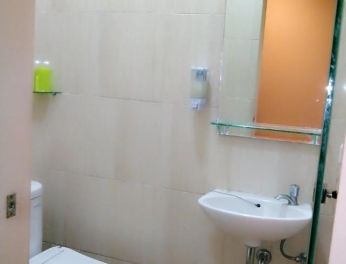 HOS Homestay Surabaya - ROOMS