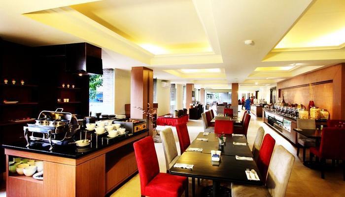 Hotel Dafam Cilacap - Raffles Restoran