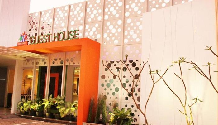 Guest House Bintang 3 Semarang - TAMPAK DEPAN HOTEL
