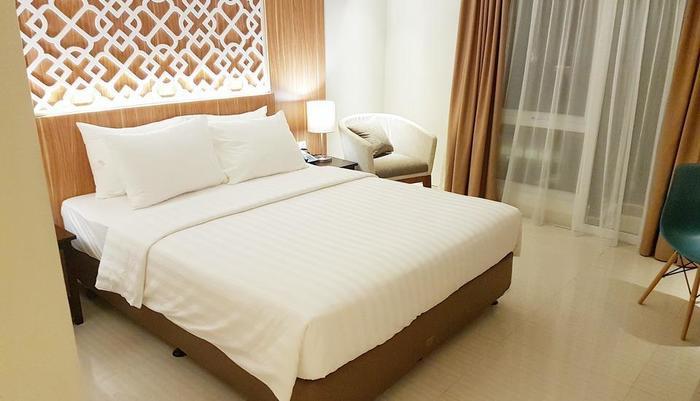 Astara Hotel Balikpapan - Superior Room