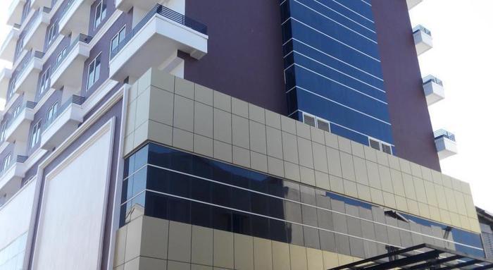 Grand Cendrawasih Hotel Makassar - Eksterior