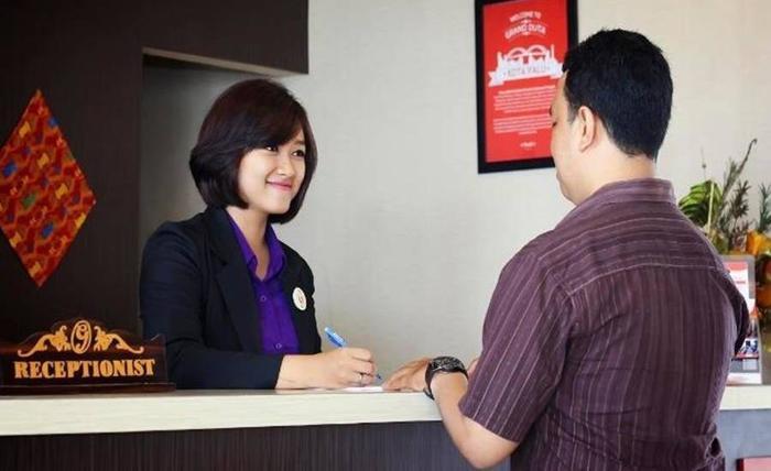 Grand Duta Hotel Palu - Resepsionis