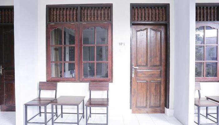 RedDoorz @Patimura Legian Bali - Eksterior