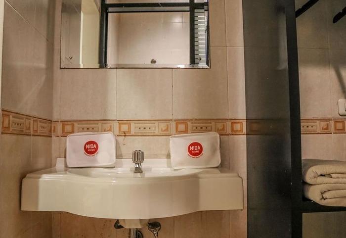 NIDA Rooms Mangga Besar 49A Jakarta - Kamar mandi