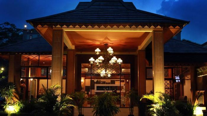 Green Tropical Village Hotel & Resort Belitung - Looby