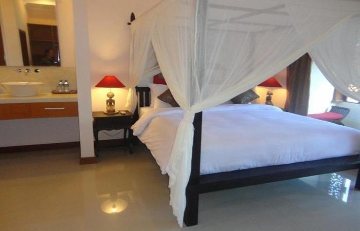 Villa Kamar Madu Seminyak Bali - Kamar