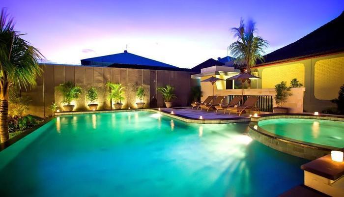 Natya Hotel Tanah Lot - Kolam renang