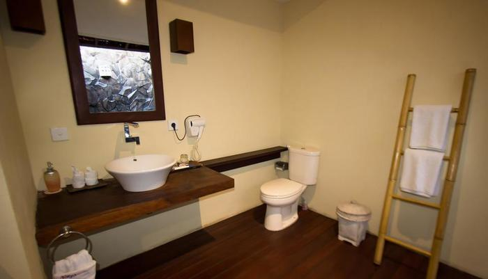 Natya Hotel Tanah Lot - Deluxe Bathroom