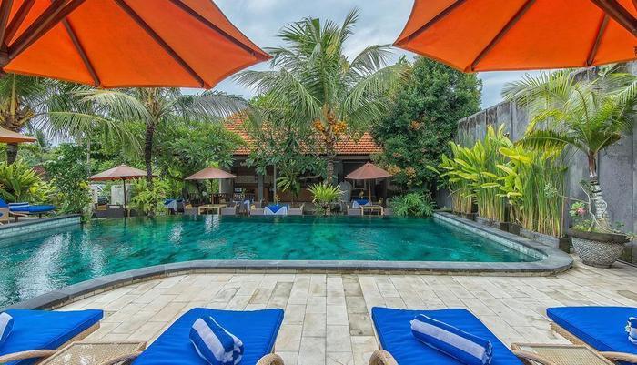 Natya Hotel Tanah Lot - Pool