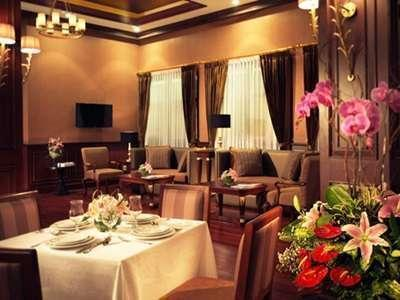 Hotel Majapahit Surabaya - Restoran