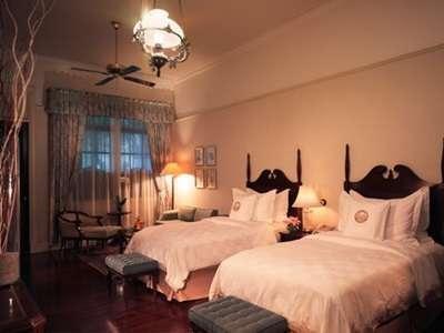 Hotel Majapahit Surabaya - Teras kamar