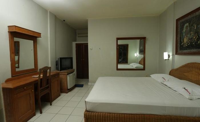 RedDoorz @Werkudara Legian Bali - Kamar tamu