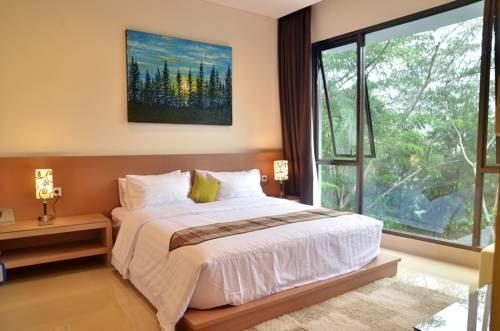 Pinus Villa Dago Bandung - Kamar tamu