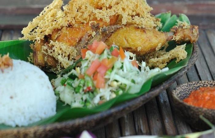 D Omah Hotel Yogjakarta - Makanan