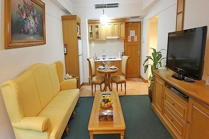 Harmoni Suites Hotel Batam - Ruang Tamu