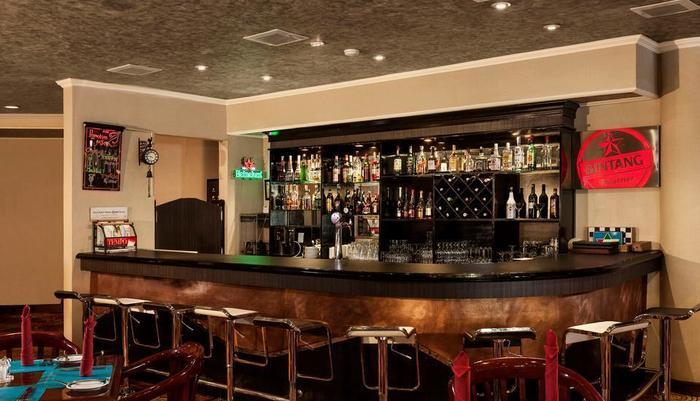 Kota Bukit Indah Plaza Hotel Purwakarta - Kresna Lounge Bar